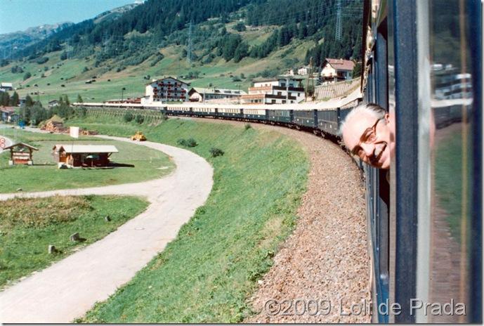 Antonio_asomado_Orient_Express